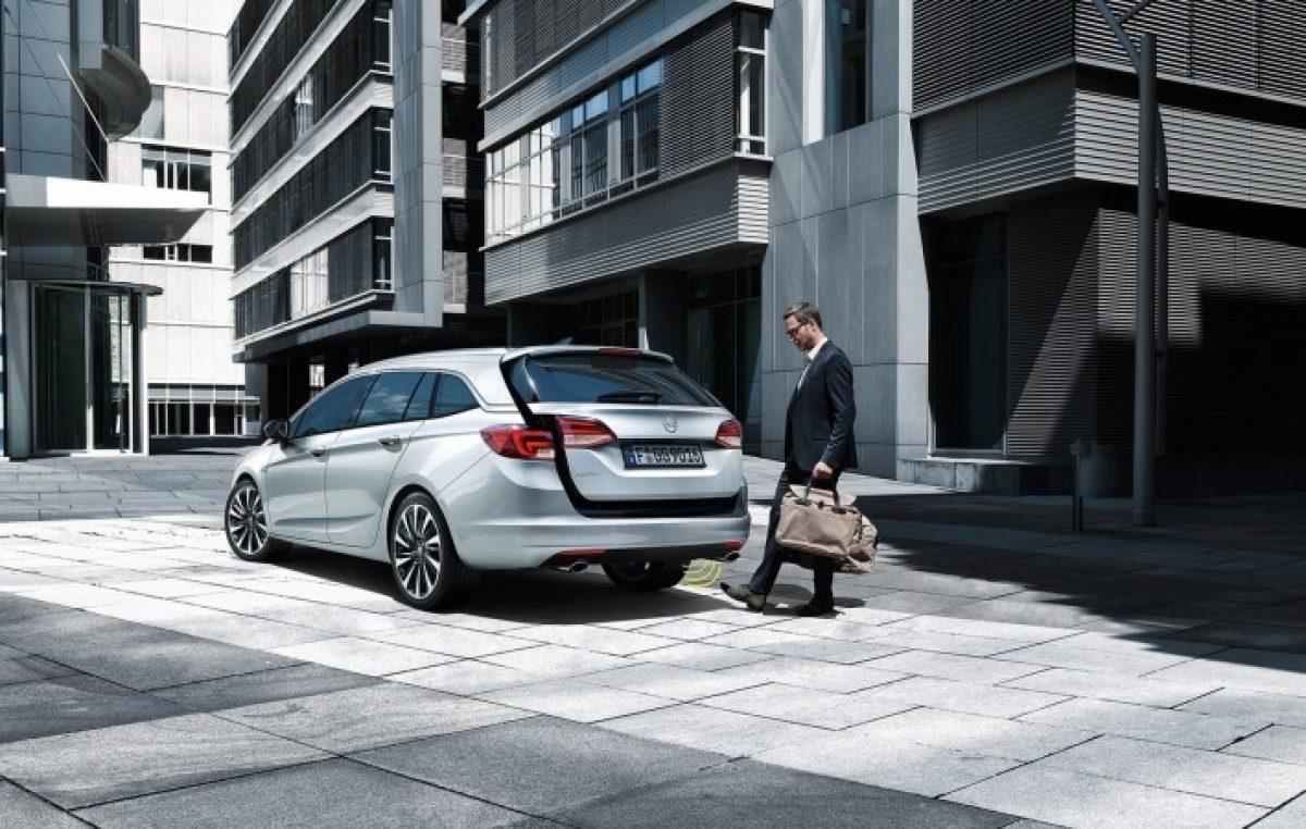 Opel Astra Sports Tourer: Πιο οικογενειακό δεν γίνεται