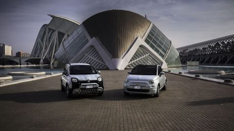 Τα FIAT 500 και Fiat Panda με υβριδική τεχνολογία