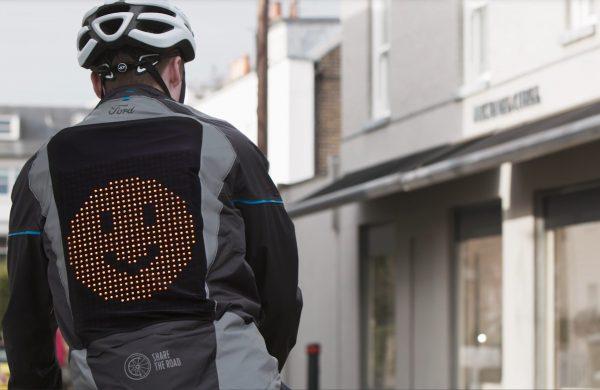 Το  Emoji Jacket της Ford είναι σχεδιασμένο για να βελτιώνει την επικοινωνία