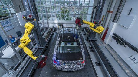 Ηλεκτρικά αυτοκίνητα θα κατασκευάζονται σε όλα τα Γερμανικά εργοστάσια μέχρι το 2022