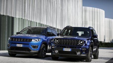 Tα νέα Plug-in Hybrid Jeep Renegade 4xe και Compass 4xe στην Ελλάδα: 100% Hybrid, 100% Jeep, 0% φόρος χρήσης!