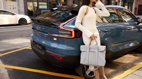 Από την πασαρέλα στον αυτοκινητόδρομο: H Volvo Cars συνεργάζεται με την 3.1 Phillip Lim